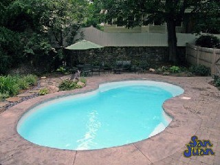 Inground pool companies waddell pools constrcution for Local swimming pool companies
